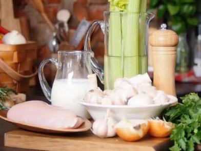 Суп-пюре из шампиньонов и куриной грудки